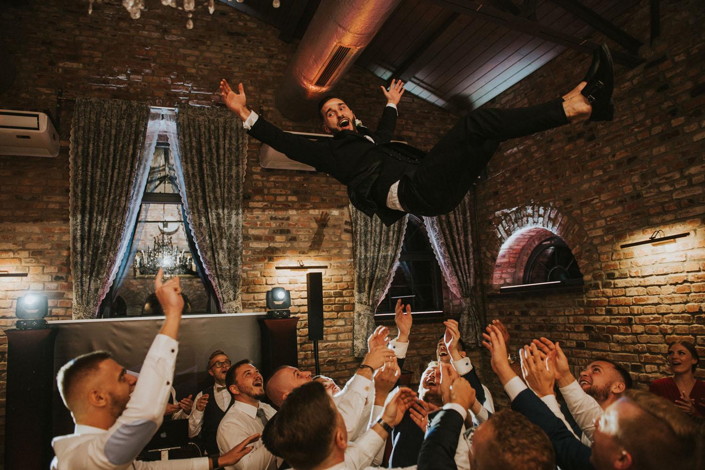 fotografia ślubna katowice, szyb bończyk, reportaż slubny, dobra zabawa, wesele ślask