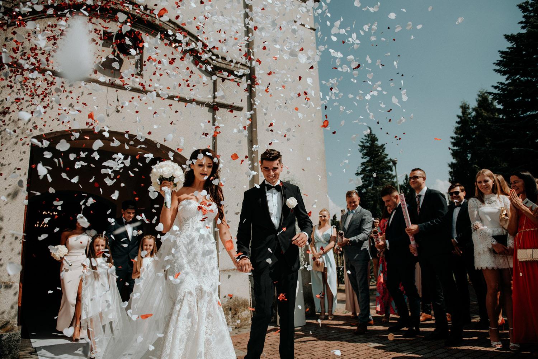 fotografia ślubna częstochowa, reportaż slubny, ceremonia w kościele